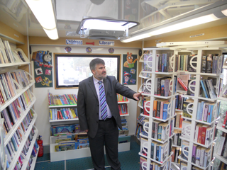 Mayor Dave Hodgson in the Bedford Borough Mobile Library